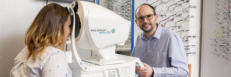 Optiker Brillen Hess Oldenburg testet Sehprobleme